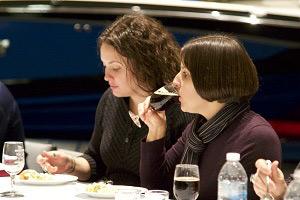 Tasting Wine and Food
